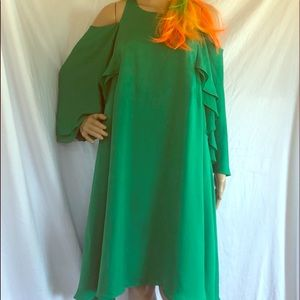 Halston heritage green dress size 14 NWOT.